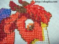 Фрагмент вышивки. Глова красного коня