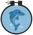вышитый дельфин